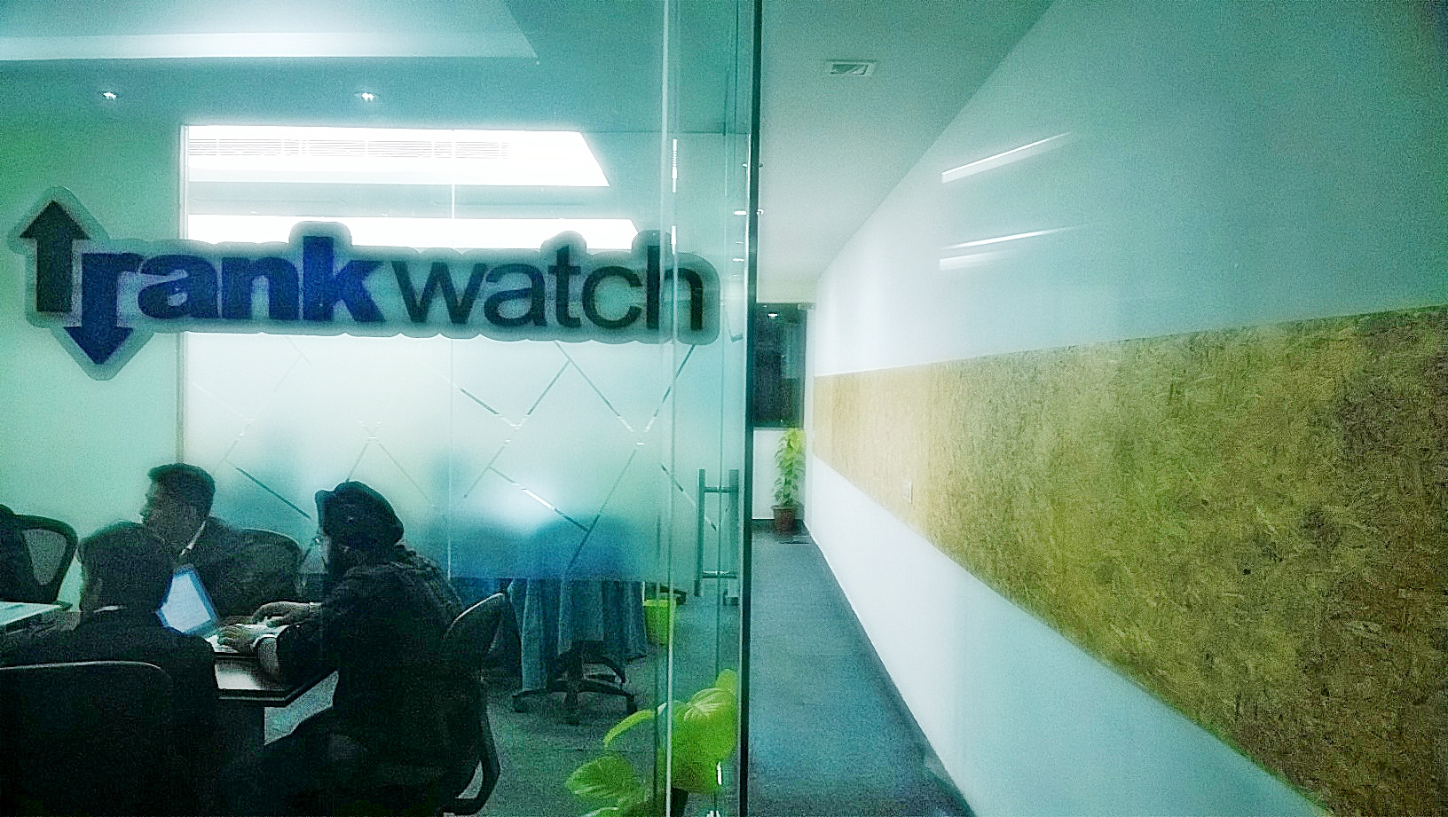 RankWatch_Office